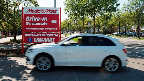 MediaMarkt opent drive-through in Tilburg